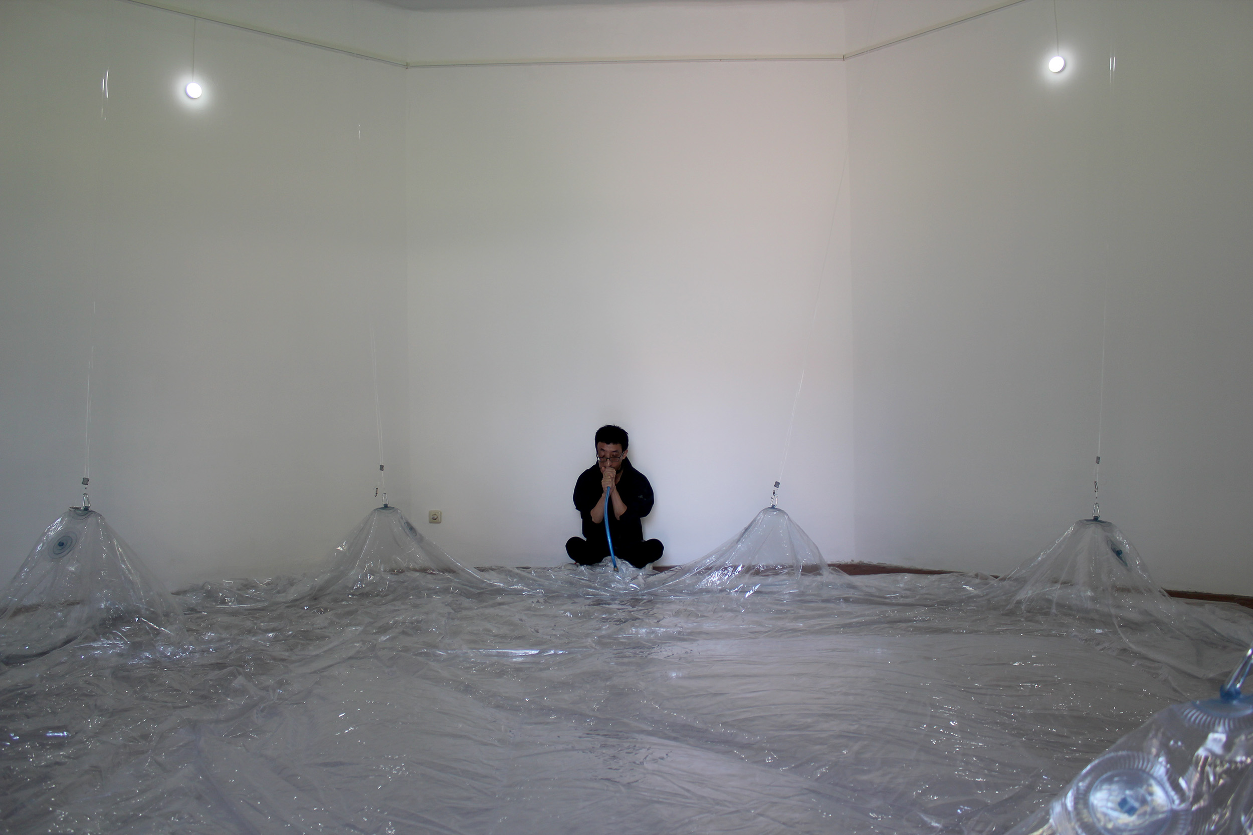 Künstler erschafft leeren Raum in Demmin